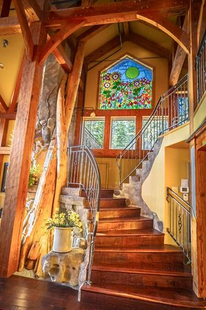 Talus Rock Retreat: Stairway
