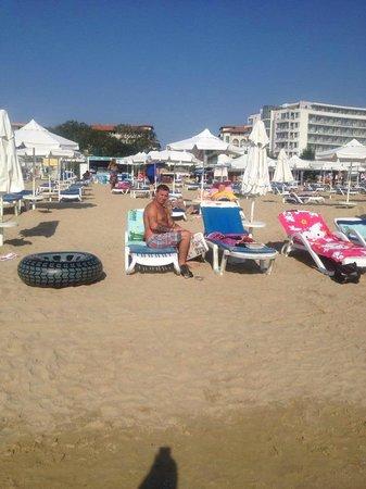 إبيروستار صني بيتش ريزروت: The beach