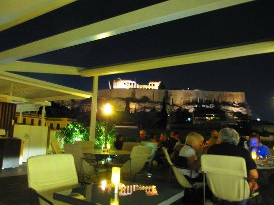 هيروديون أثينا: Rooftop Restaurant