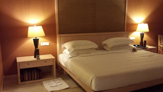 Conrad Bali: Bedroom