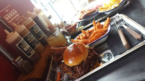 Red's True Barbecue Headingley: Pulled Pork Sanwich and Sweet Potato Fries! and Ice Tea!