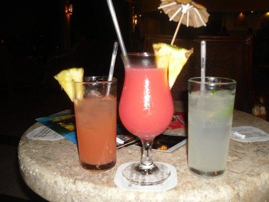 Grand Palladium Palace Resort Spa & Casino: we loved the cocktails
