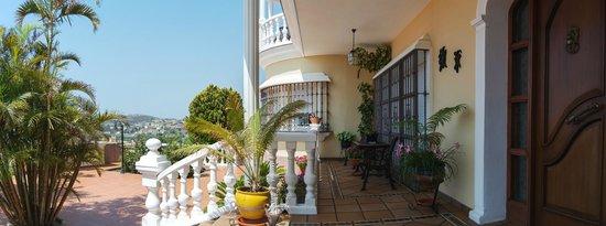 Villa al Alba: Porche