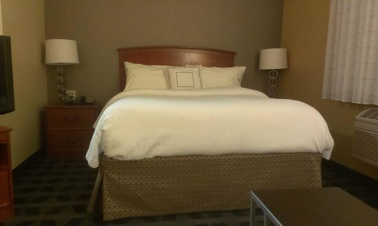 TownePlace Suites San Jose Cupertino: Bed