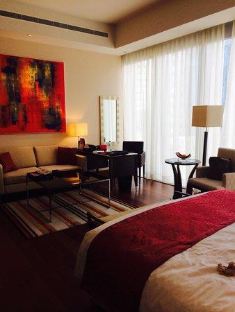 فندق أوبروي: Комната
