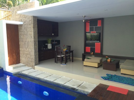 Samaja Beachside Villas: Outdoor kitchen