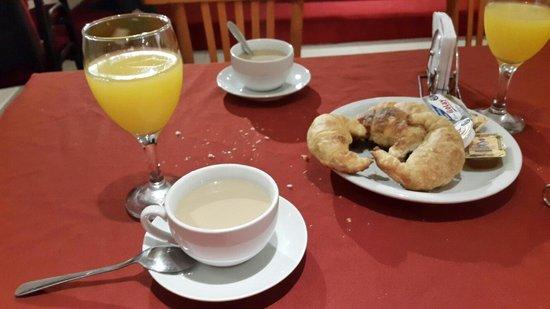 Costanera Hotel & Resort: Desayuno