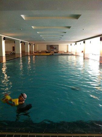 Silks Place Taroko: 飯店室內泳池