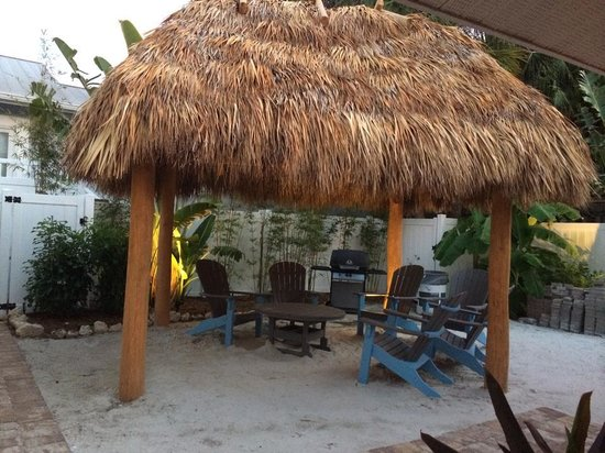 Tropical Breeze Resort: Even if it rains, you can enjoy a great book or conversation here