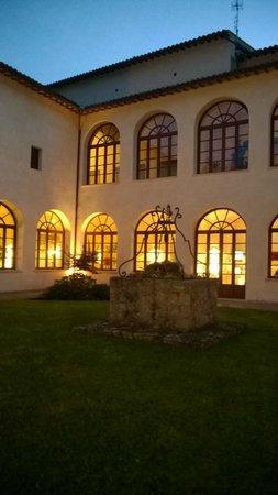 Residenza San Pietro Sopra Le Acque: il chiostro