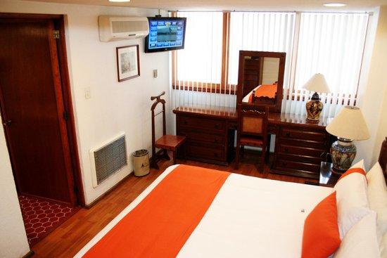 Amberes Suites: RECAMARA SUITE DE 1 DORMITORIO