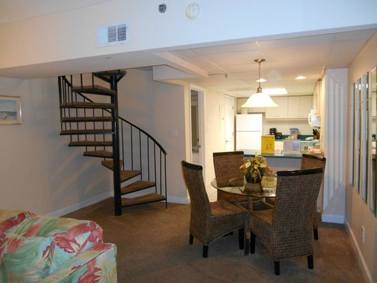 Landmark Holiday Beach Resort : First Floor with Dining Area & Kitchen