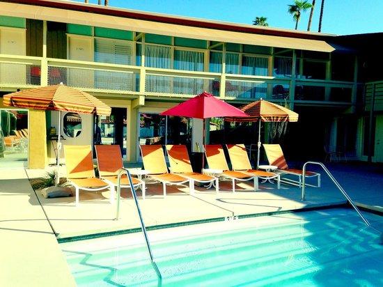 Del Marcos Hotel: poolside