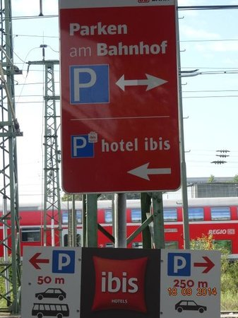 Ibis Heidelberg Hauptbahnhof: Mais informação sobre estacionamento Ibis Heidelberg