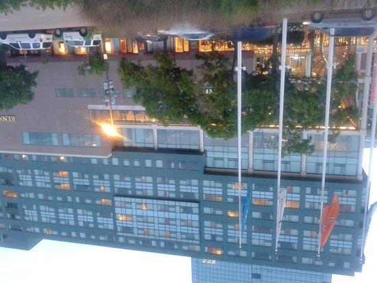 رينسانس بالتيمور هاربر بلاس هوتل: Front Side of Hotel