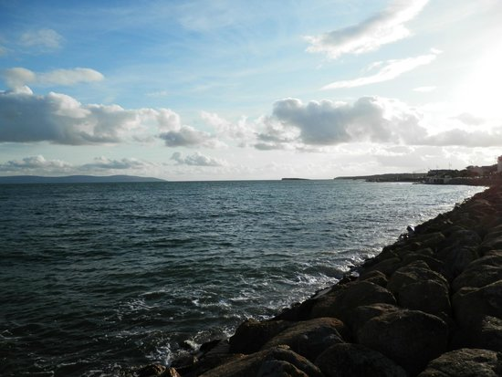 Cappa Veagh Bed & Breakfast: view of Galway bay, just a short walk from Cappa Veagh