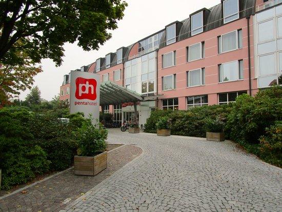 pentahotel Chemnitz: Front of Penta Hotel