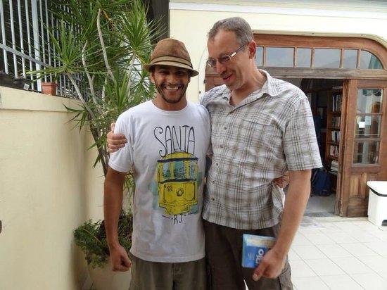 Rio Hostel & Suites Santa Teresa: The Barkeeper