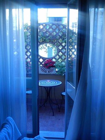 Lilium Hotel: Balcony room 34