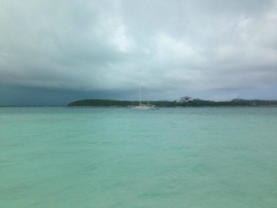 Club Peace & Plenty Exuma Island: The view from our room