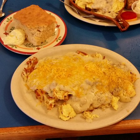 Laurie's Breakfast Cafe: Hillbilly Heap and biscuit
