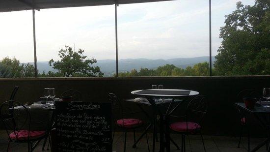 Le Piquebaure : Pre-darkness terrace
