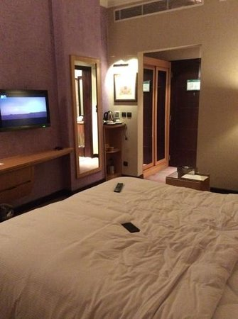 DoubleTree by Hilton Hotel Dhahran: Standard Room
