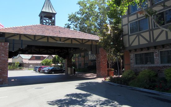hotel outside picture of hotel corque solvang tripadvisor. Black Bedroom Furniture Sets. Home Design Ideas
