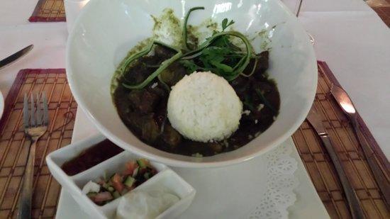 Karibu: Beef Curry