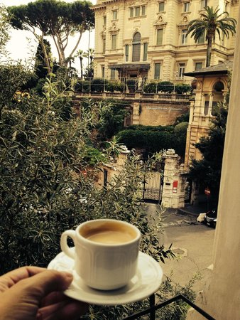 Beau Site - Antica Residenza : Espresso in room and view