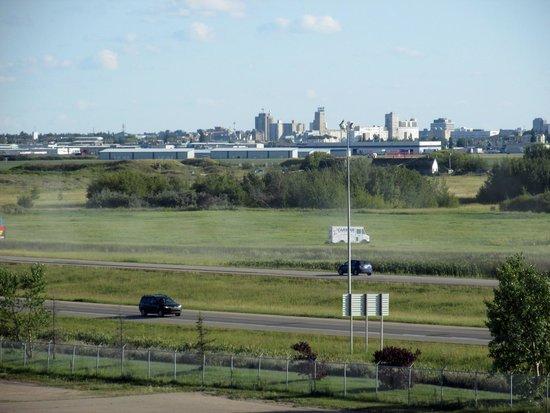 Comfort Suites Saskatoon: View from 4th floor room
