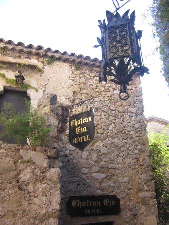 Chateau Eza: ingresso vista particolari hotel