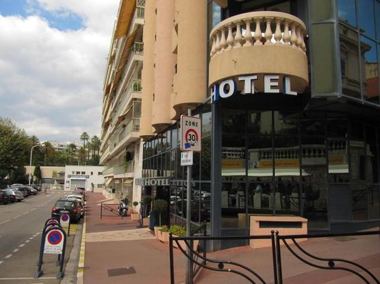 Hotel Belle Plage : vista particolare hotel