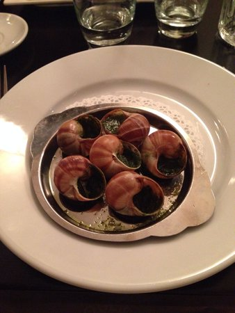 Boucherie Rouliere: Escargot - starters menu (Highly Recommended)