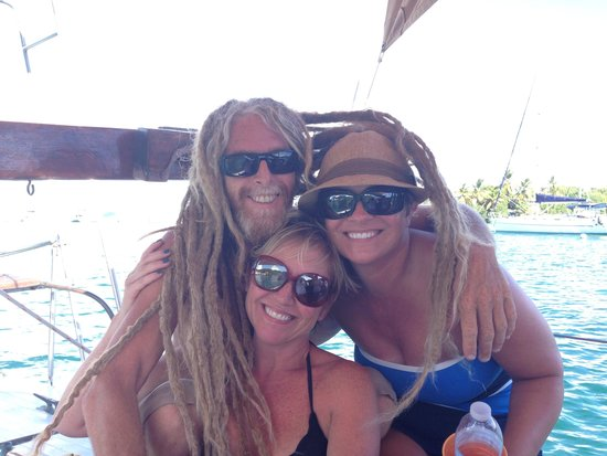 Catania Charters: Uncle Ray and the girls...