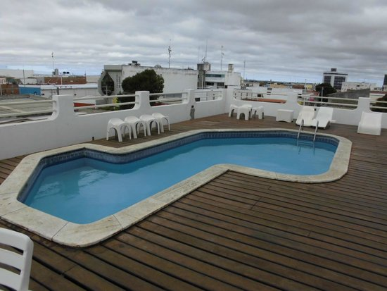 JB Hotel: Piscina