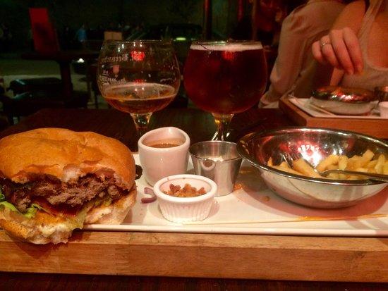 Belgo Noord: Burger of the year!