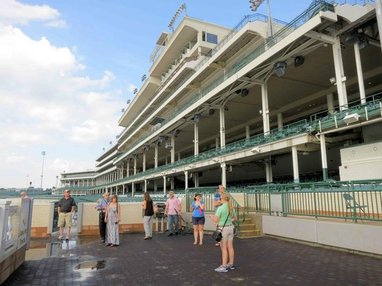Churchill Downs Finish Line Picture Of Kentucky Derby