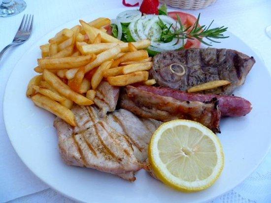 Restaurante Guerreiros : Mixed Kebabs