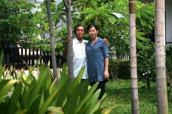 Sonalong Boutique Village & Resort : Mine Host Mr Hak and wife Miss Malanh