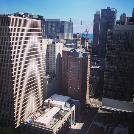 beautiful view picture of chicago marriott downtown. Black Bedroom Furniture Sets. Home Design Ideas