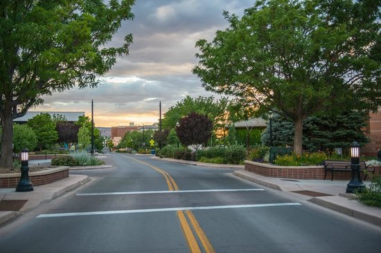 Grand Junction, CO: Summer evening sunset on Main St.