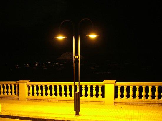 Premier Gran Hotel Reymar & Spa: Прогулки возле Gran Hotel Reymar