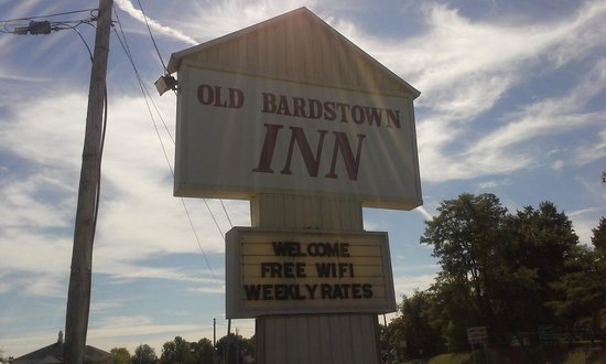 Old Bardstown Inn: The inn