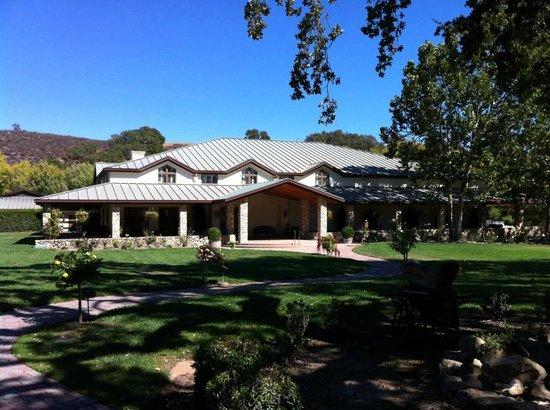 Fess Parker Winery & Vineyard: Área externa