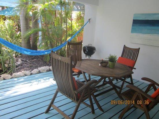 Boardwalk Hotel Aruba : our lovely patio