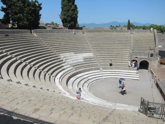 Pompeii Archaeological Park: ampitheatre