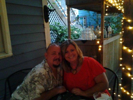 Coopers Landing Inn & Traveler's Tavern : Birthday dinner on the patio