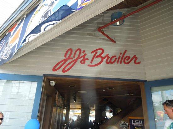 JJ's Broiler : JJ's