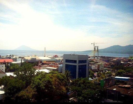 Aston Manado Hotel : View dari room lantai 10